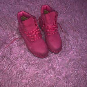 Pink Timberlands💖
